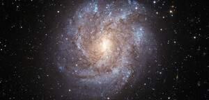 NGC 2082