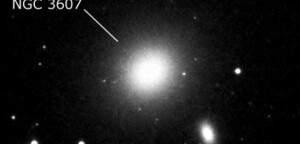 NGC 3607