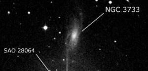 NGC 3733
